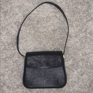 Louis Vuitton Bags - Louis Vuitton Buci Black Epi Leather Shoulder Bag